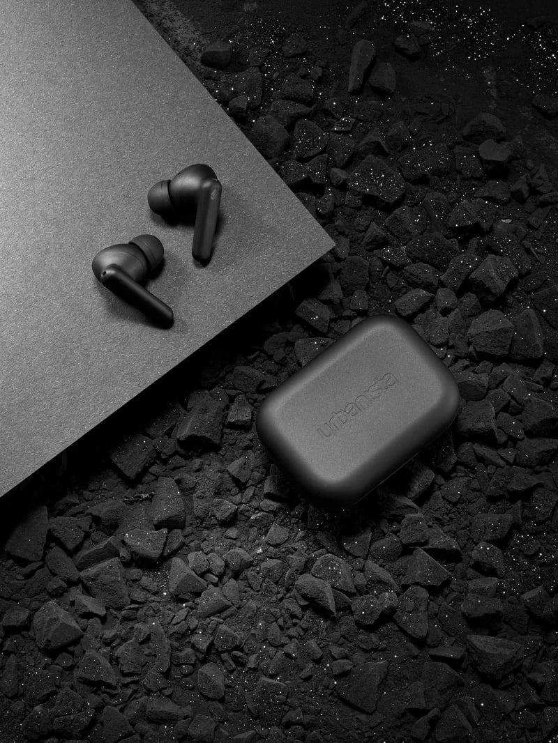Gewinnen Sie Die In Ear Kopfhorer London Von Urbanista In 2020 Mitmachen Und Gewinnen In Ear Kopfhorer Apple Store