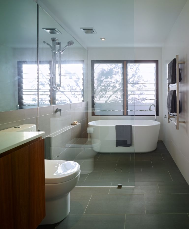 Modern bathroom with breezway louvre windows in shower for Bathroom designs brisbane