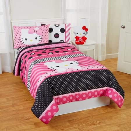 Hello Kitty Dots Beautiful Twin Full Reversible Bedding Comforter