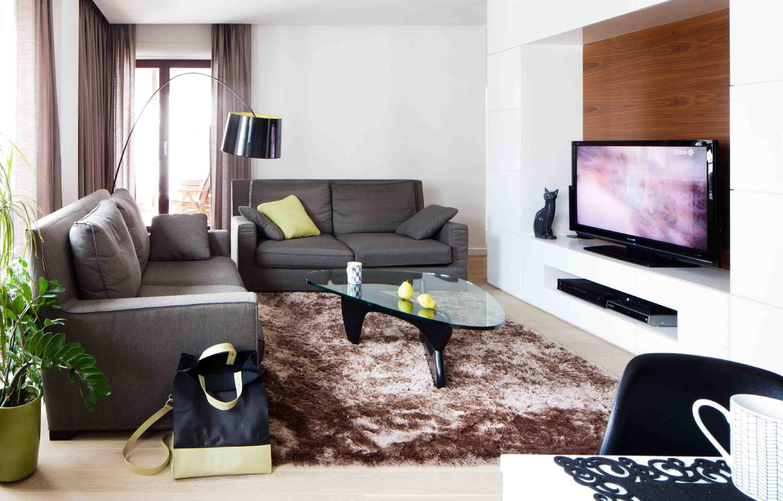 Przytulna Aranzacja Salonu Pokoj Dzienny W Brazach I Bezach Fake Walls Home Interior Design