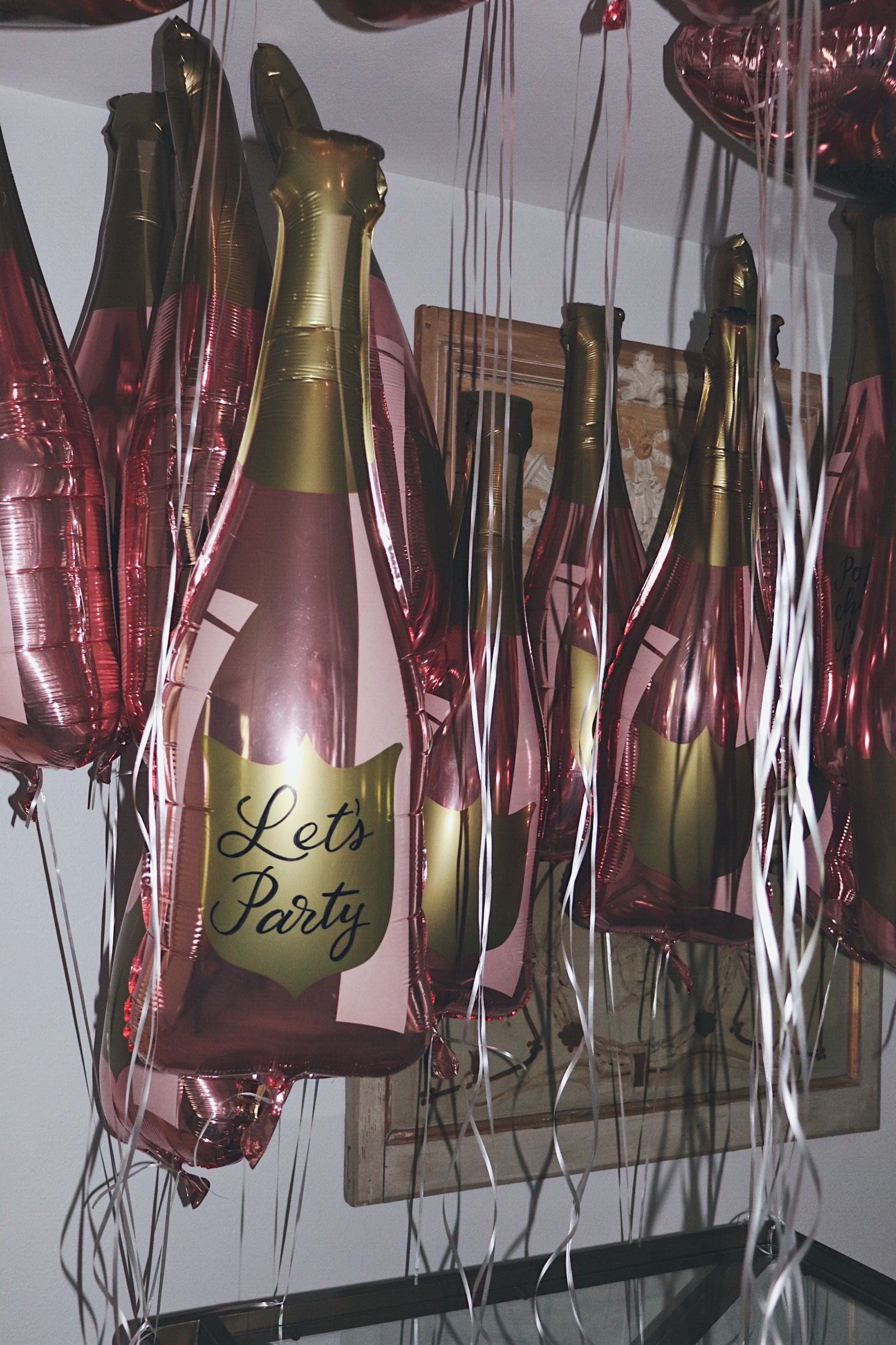 Balon Latex Doff Dove Putih7 Daftar Harga Terkini Terlengkap  Grosir 12 Inch Polos Shop Paper Confettis Exclusive Customizable 36 Rose Gold Champagne Bottle Balloon