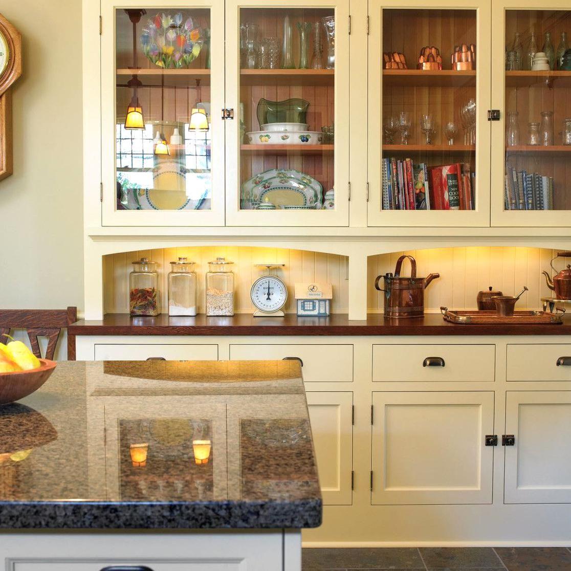 An English Arts Crafts Kitchen Restoration Design For The Vintage House Old House Online In 2020 Kitchen Craft Cabinets Kitchen Restoration Craftsman Kitchen