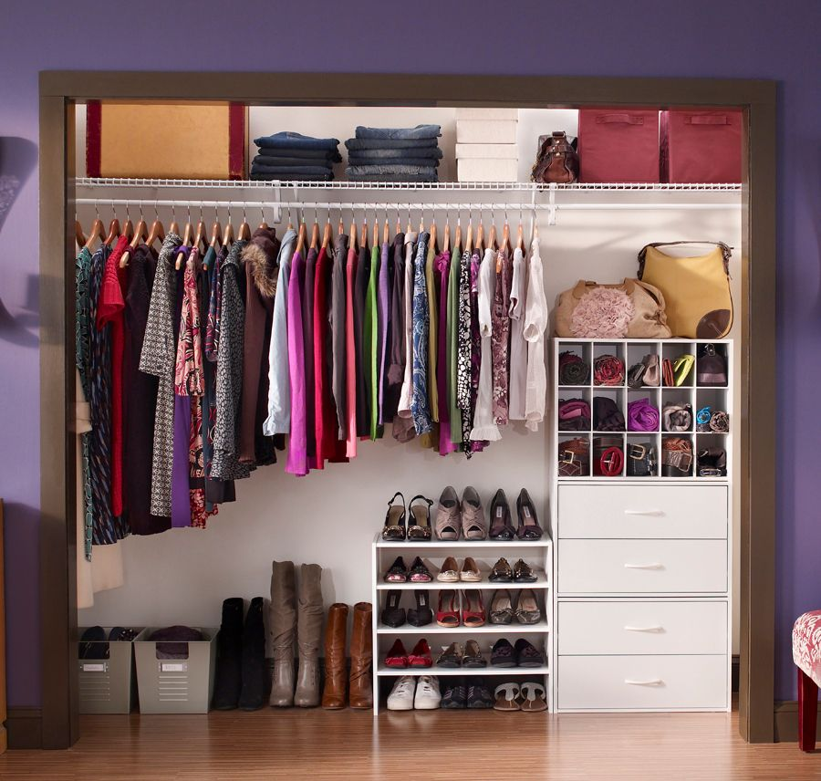 Reach In Closet Using ClosetMaid Wire Shelving And DIY Stackable Organizers