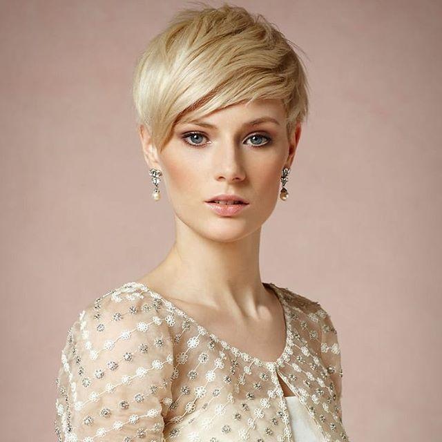 54 Trendy Frisuren Kurz Blond In 2020 Frisuren Kurz Blond Schicke Haarschnitt Frisur Hochzeit