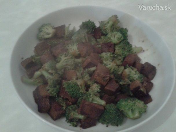 Brokolica s tofu (fotorecept) - Recept