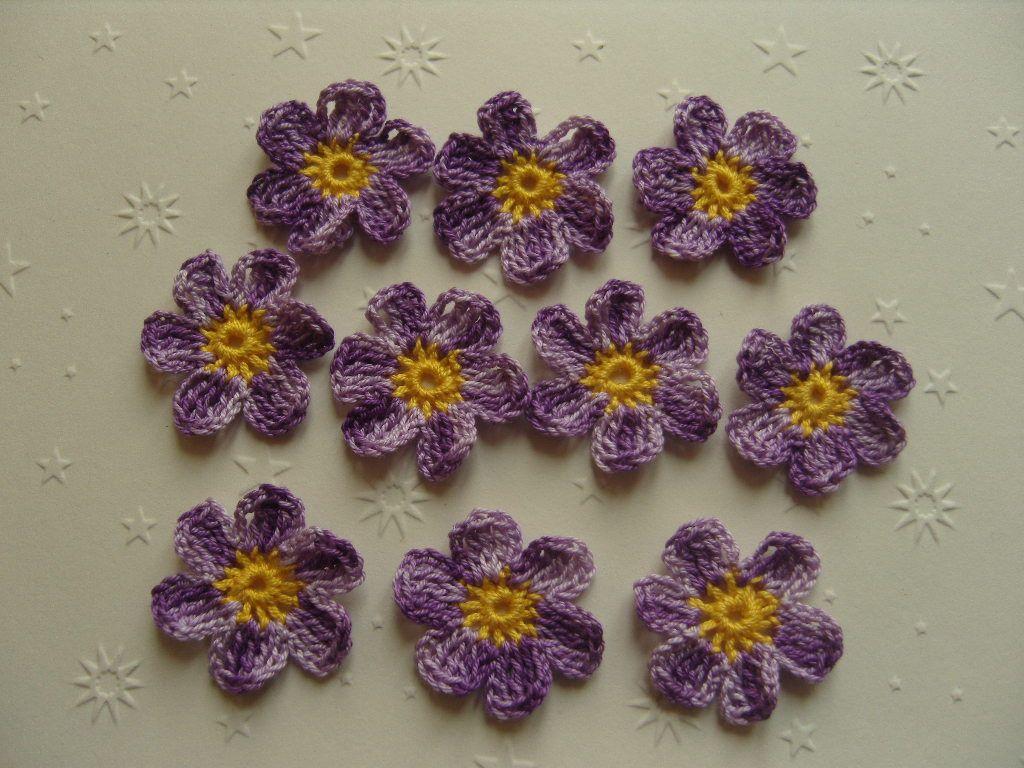 Fleurs au crochet, lot de 10, violet dégradé et jaune : Autres Tricot et Crochet par aux-fils-du-bocage