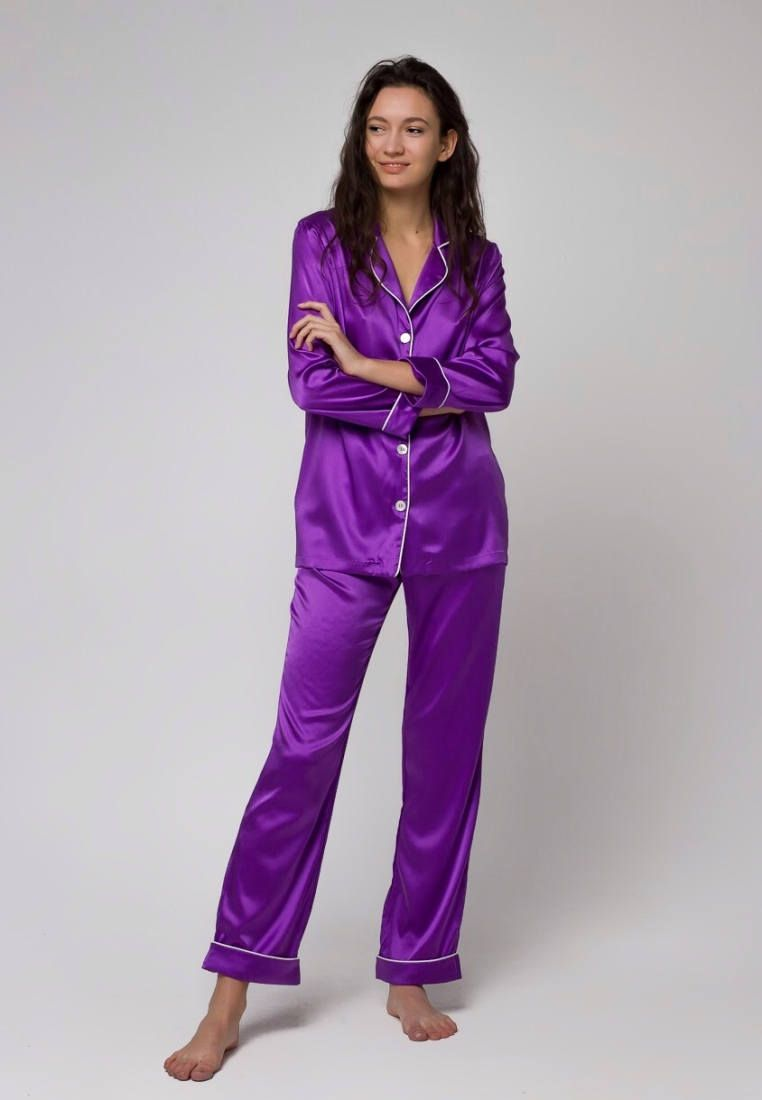 42fc8ac95c Ultraviolet silk pajamas by Serenity. Classic design + luxury silk -  provides absolutely amazing and expensive look. This ultra violet silk  pajama set looks ...