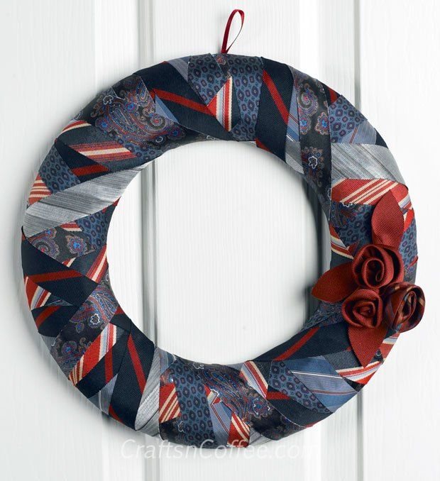 tie craft ideas repurposing how to make a wreath from ties 3104