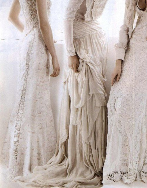 """They look like vintage #wedding dresses. """"Gangs of New York"""" shot by Mario Testino, Vogue US February 2011"""