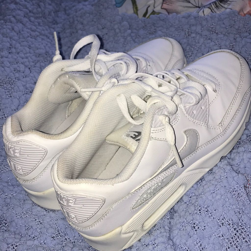 Nike Shoes | Nike Air Max Sneakers | Color: White | Size: 6b