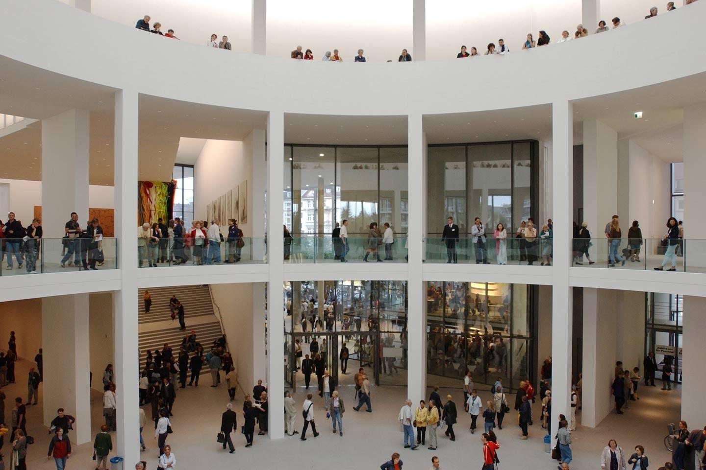 pinakothek de der moderne munchen architektur museum hirsch gemälde modern kunst bilder auf leinwand