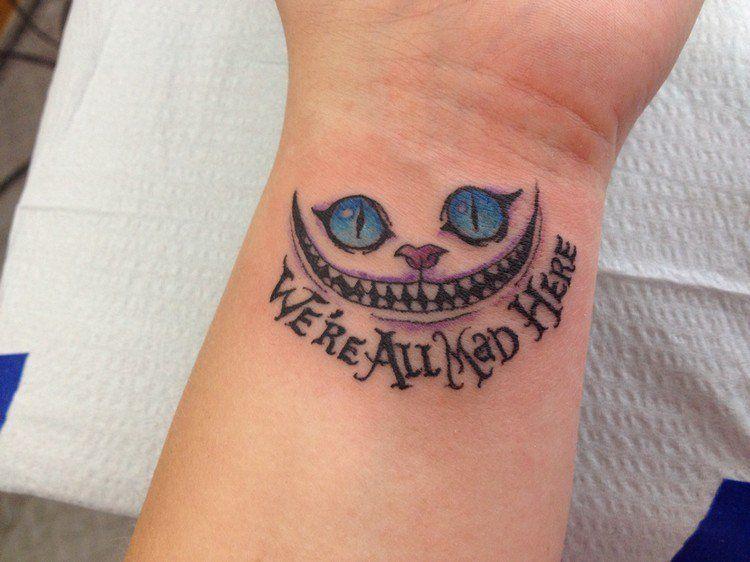 tatouage chat original en styles variés - 39 idées créatives
