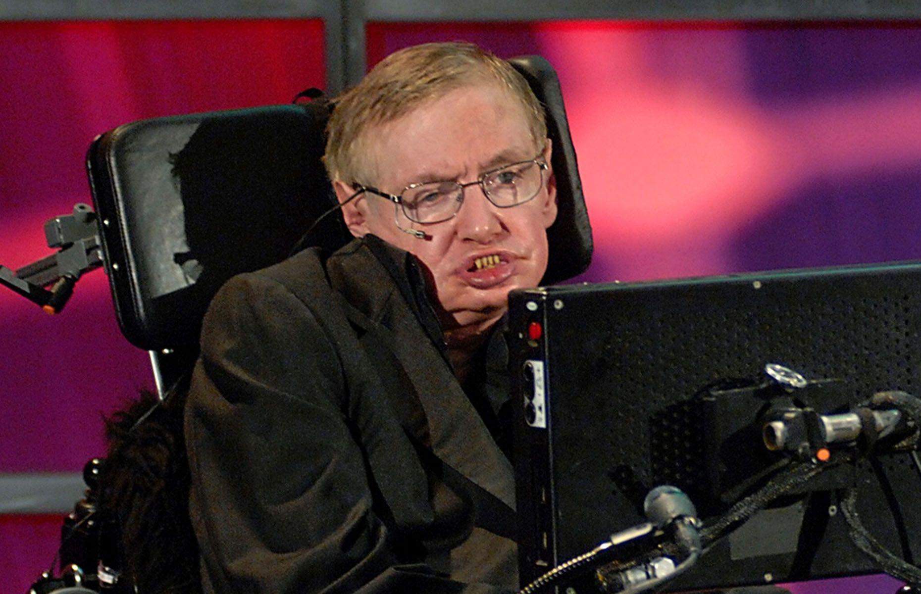 Stephen Hawking - REUTERS/Sheryl Nadler