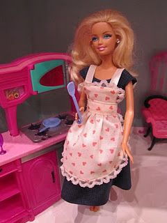 great website, homemade barbie clothes that don't make barbie look like a hoochie...