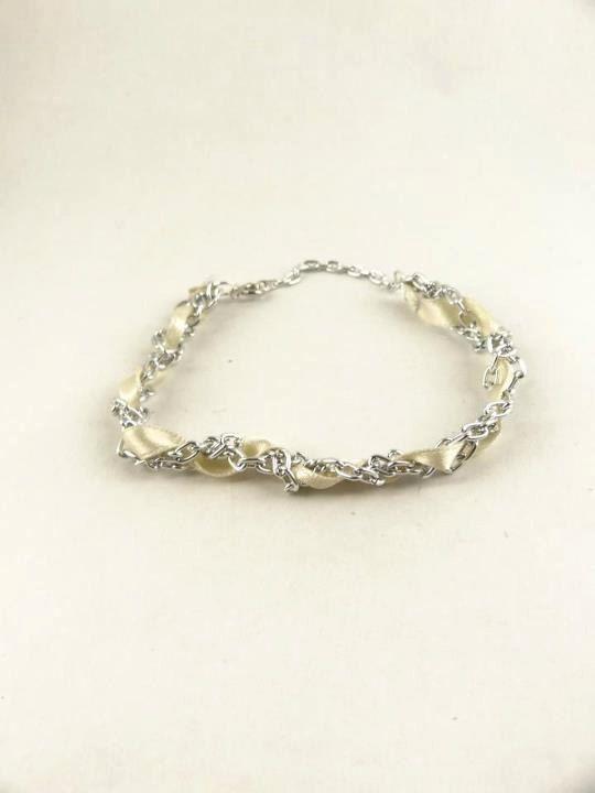 Bracelet Silver Ribbon Intertwined Chain by toppytoppy on Etsy, $11.00