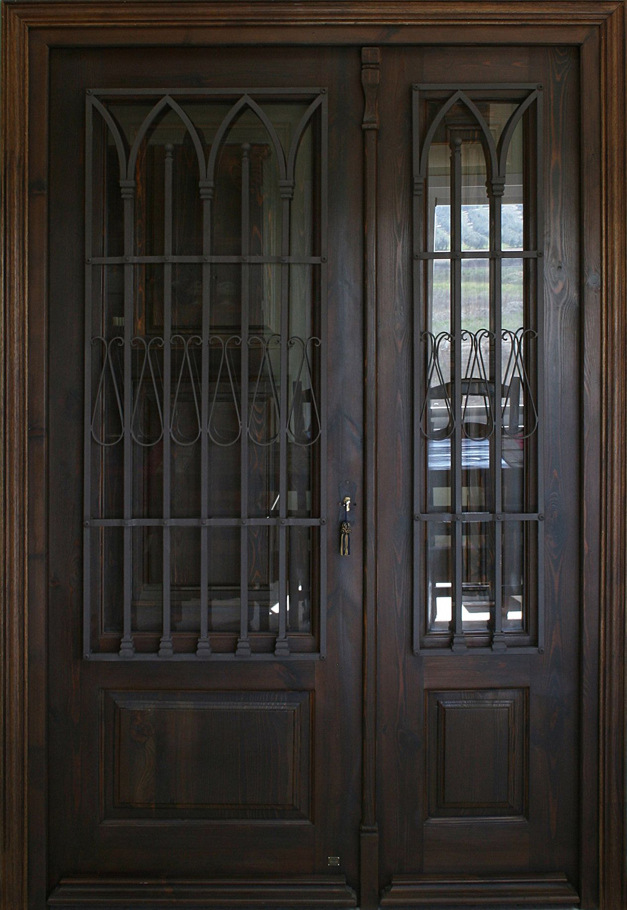 Araceli fijo in 2019 exquisite doors gates tall for Puerta de madera doble estilo antiguo