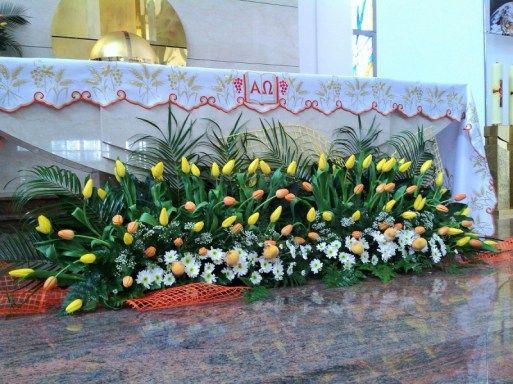 kompozycje na ołtarz - tulipany, margaretka