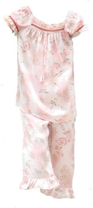 pyjamas piger