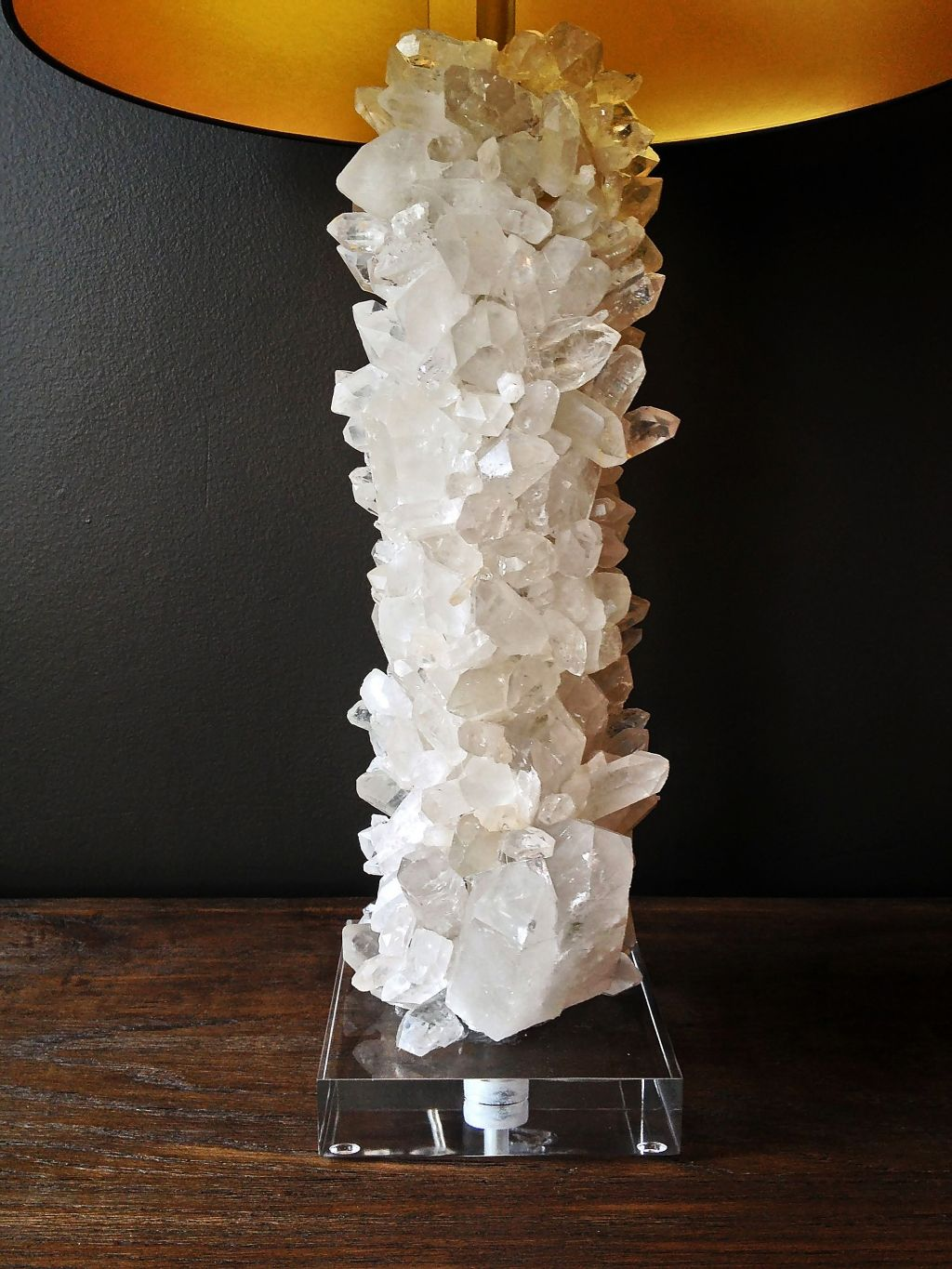Perfect Quartz Crystal Table Lamp