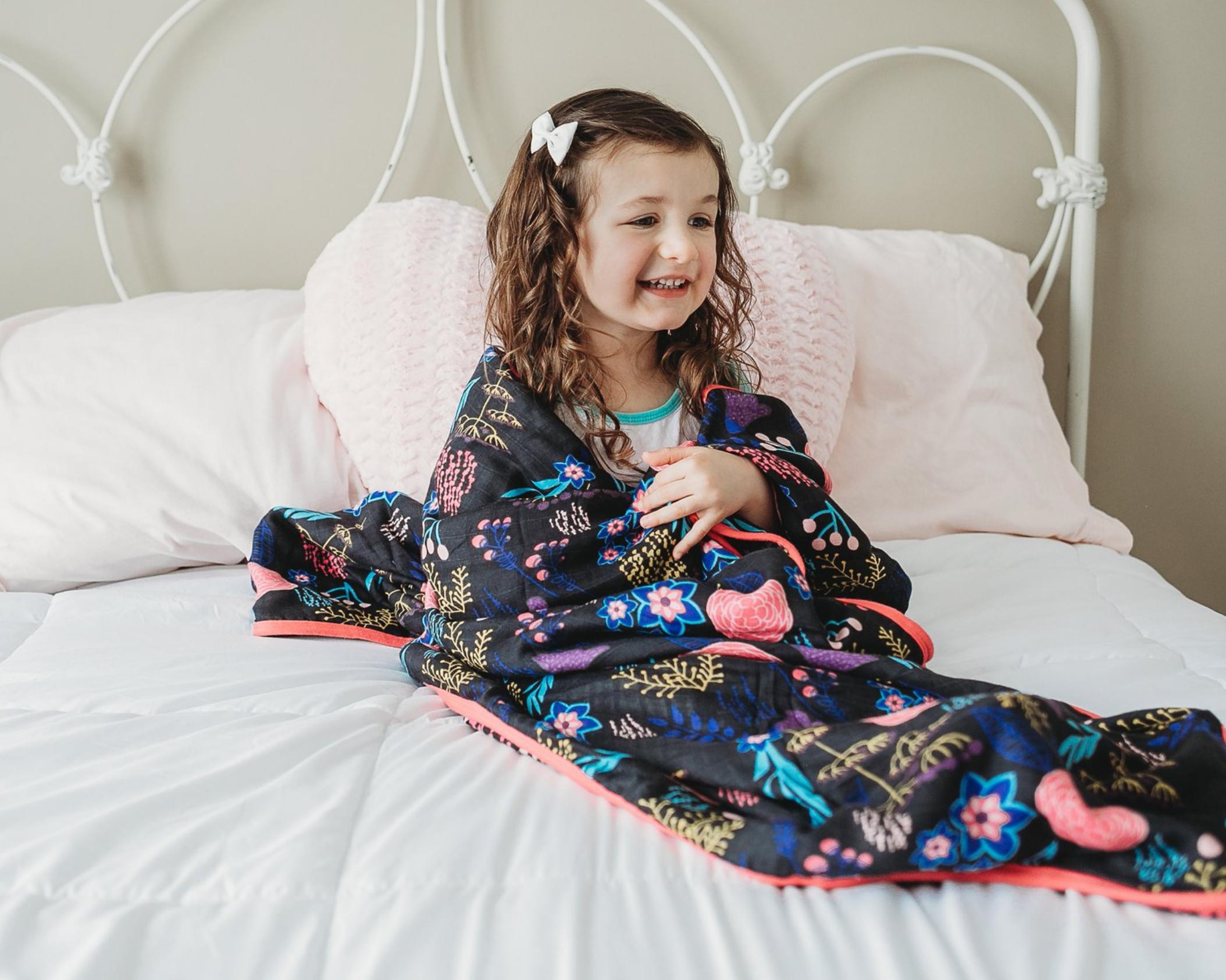 Pocketful of Poisies Cuddle Blanket