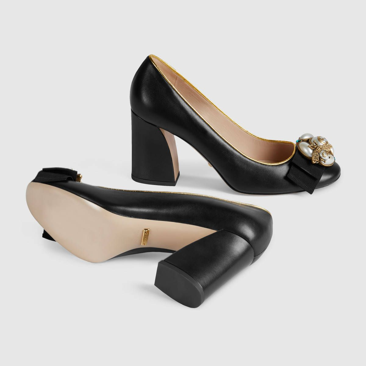 Gucci Leather mid-heel pump with bee