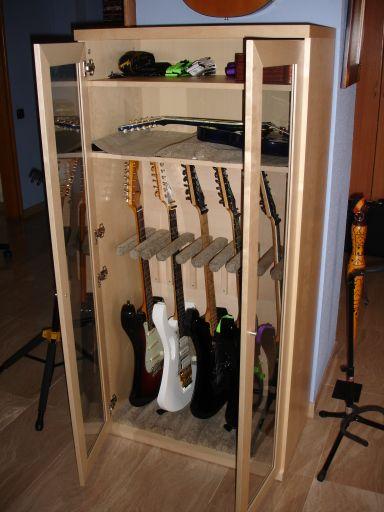 C mo montar tu armario para guitarras casero con un - Armarios para montar ...