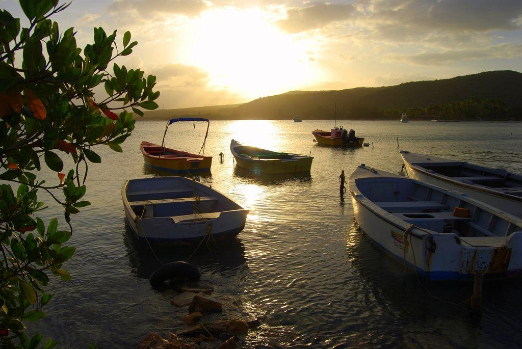 | Botes en el atardecer | La Parguera, Puerto Rico