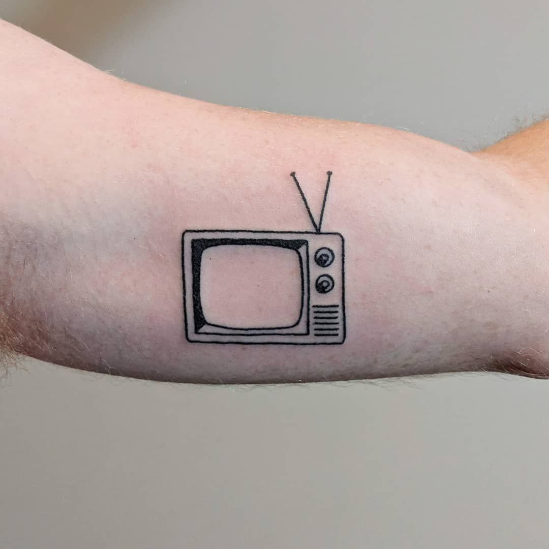 """Mellow Pokes on Instagram: """"Bicep tv for Scott, because of the tv store his grandfather used to own ???? Always fun tattooing ya, thanks Scott!"""" #grandfathertattoo Mellow Pokes on Instagram: """"Bicep tv for Scott, because of the tv store his grandfather used to own ???? Always fun tattooing ya, thanks Scott!"""" #grandfathertattoo Mellow Pokes on Instagram: """"Bicep tv for Scott, because of the tv store his grandfather used to own ???? Always fun tattooing ya, thanks Scott!"""" #grandfathertat #grandfathertattoo"""