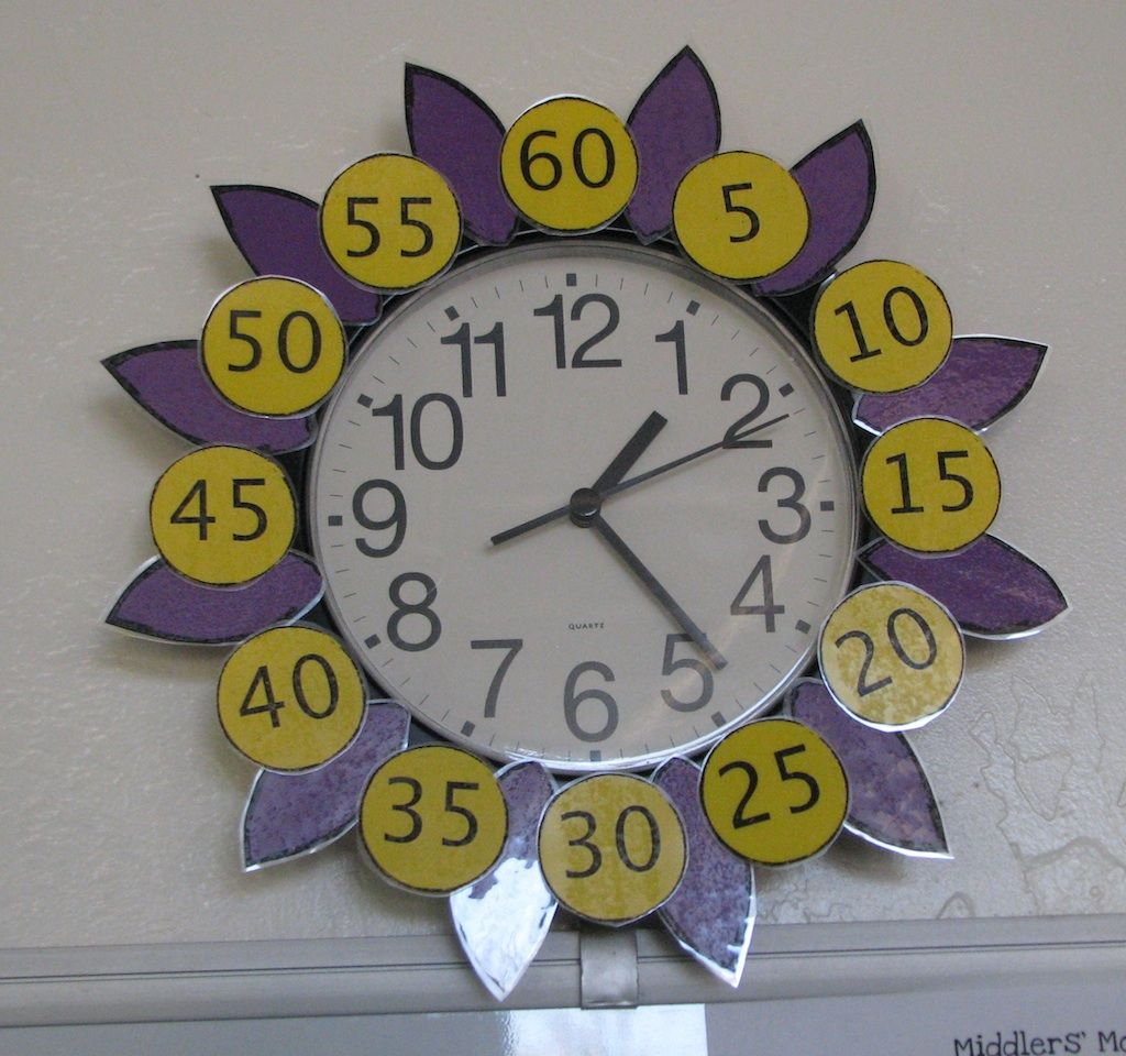 Flower Clock To Help Tell Time