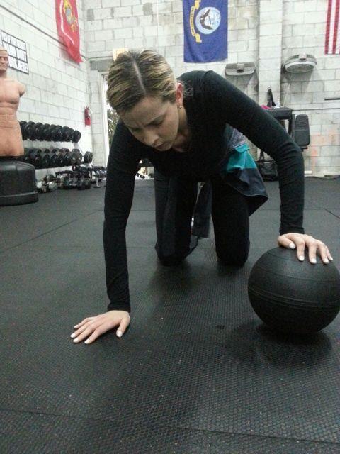 a9ee7a742 Slam Ball Push ups Summer Workouts