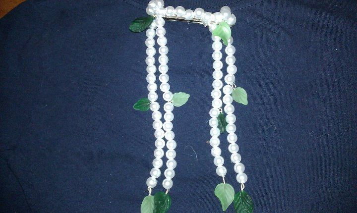 pearls and leaves