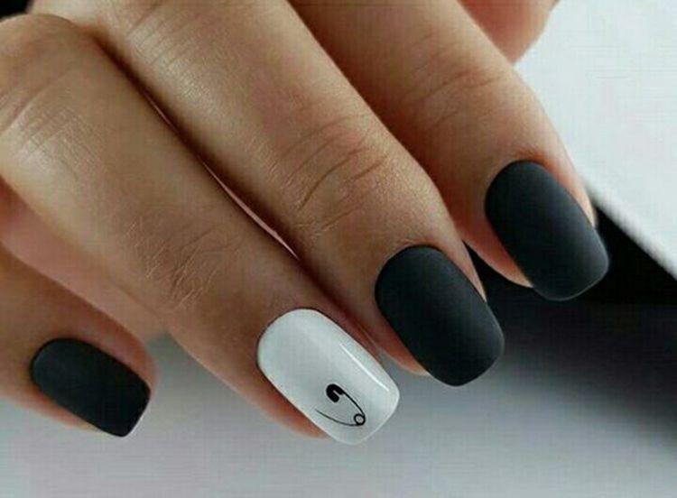 30 Trendy Matte Black Nails Designs Inspirations Koees Blog Black Nail Designs Perfect Nails Pink Nails