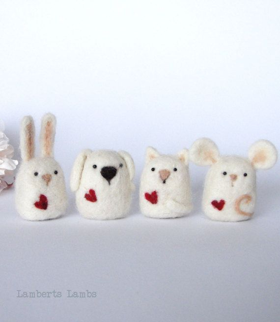 Needle Felted minialistic animal collection consisting of a felted Bunny, Mouse, Cat and Dog with a heart #feltedwoolanimals