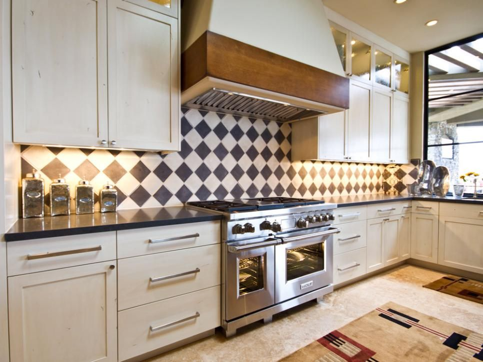 The Black And White Tile Backsplash In A Traditional Harlequin Glamorous Design Tiles For Kitchen Decorating Inspiration