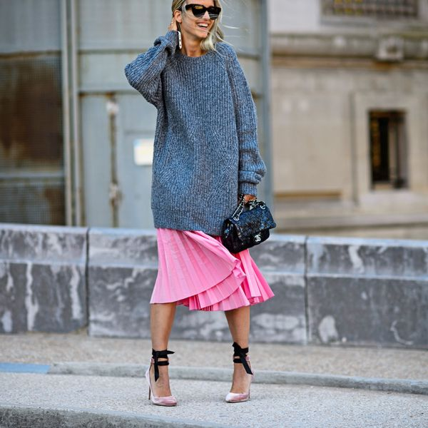 How To Rock An Oversize Sweater With A Midi Skirt