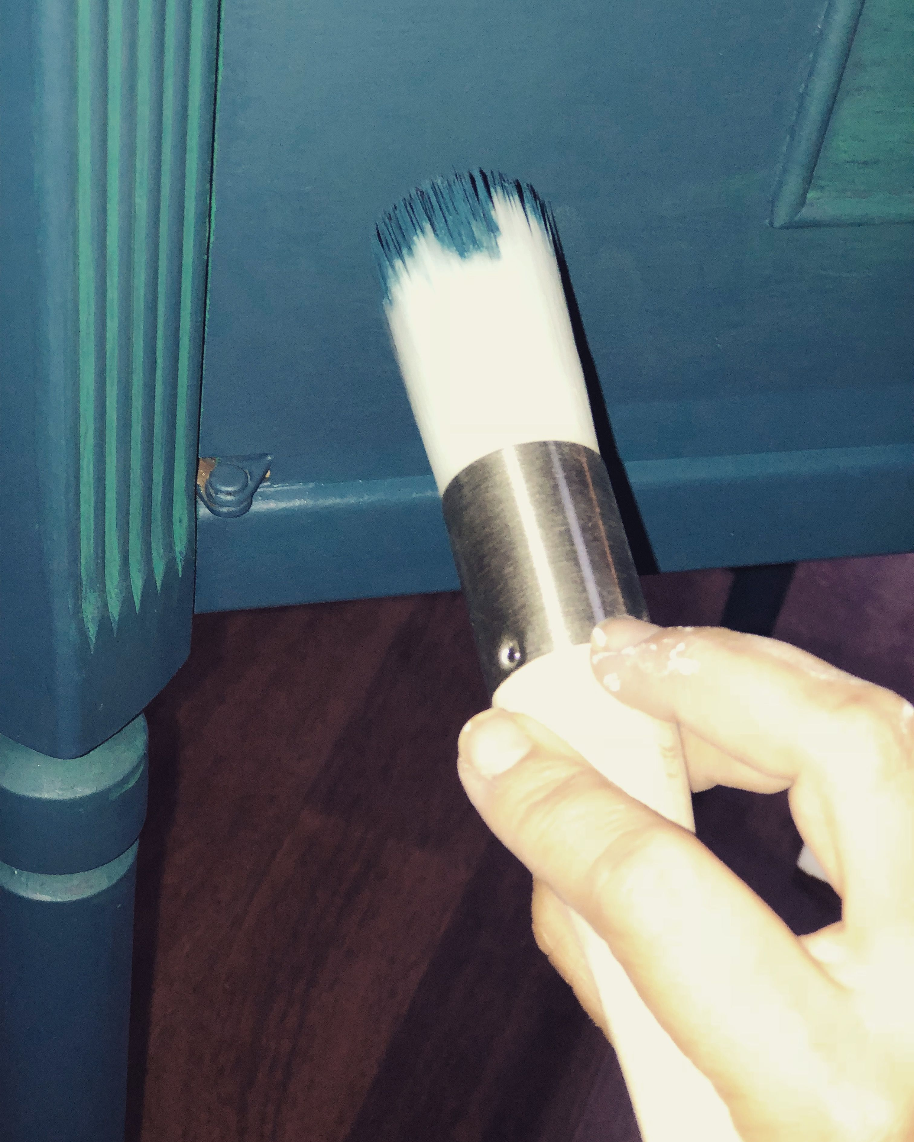 The Best Paint Brush For Chalk Paint And Chalk Paint Blending Milk Paint Diy Chalk Paint Cool Paintings