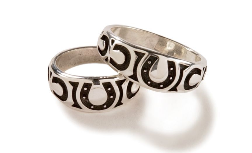 Horseshoe Wedding Ring Weddings We Love Pinterest Ring
