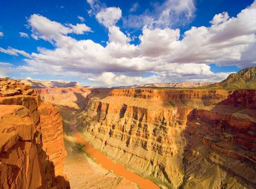 Every red blooded American needs to go! It is everything you've ever imagined and more. If you're an outdoors person or like to run go for a jog along the south rim at sunset and north rim at sunrise <3 just trust me on this