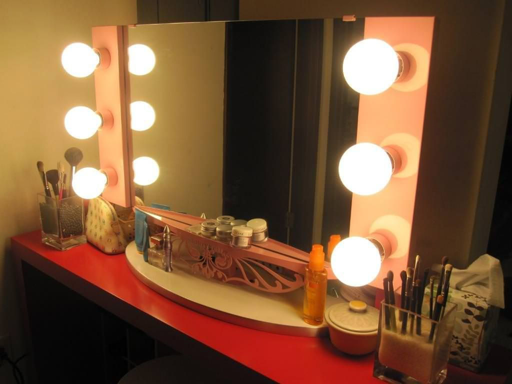 Vanity table with lighted mirror canadavanity table with lighted mirror canada   Vanity   Pinterest  . Makeup Vanity With Lights Canada. Home Design Ideas