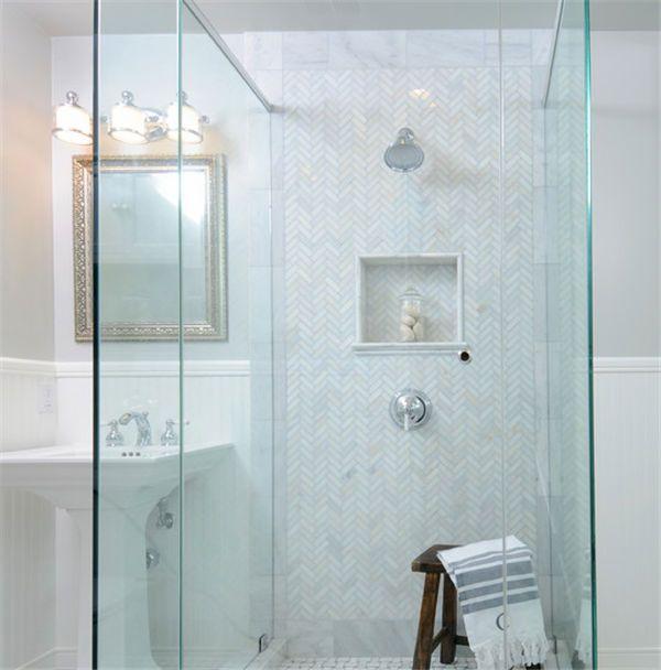 Honed Italian Calacatta Gold 1x3 Herringbone Pattern Marble Mosaic Tiles Buy Marble Mosaic Tiles Pat Home Depot Bathroom Tile Home Depot Bathroom Shower Tile