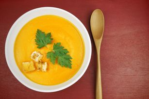 Soupe au chou-fleur, carotte et cumin