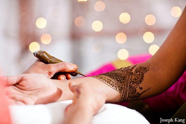 Bridal Mehndi Ideas : Indian wedding photography bridal mehndi maharaniweddings