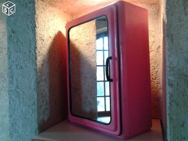 Armoire/Pharmacie/Toilette Vintage Rose METAL suxn | Chambre ...