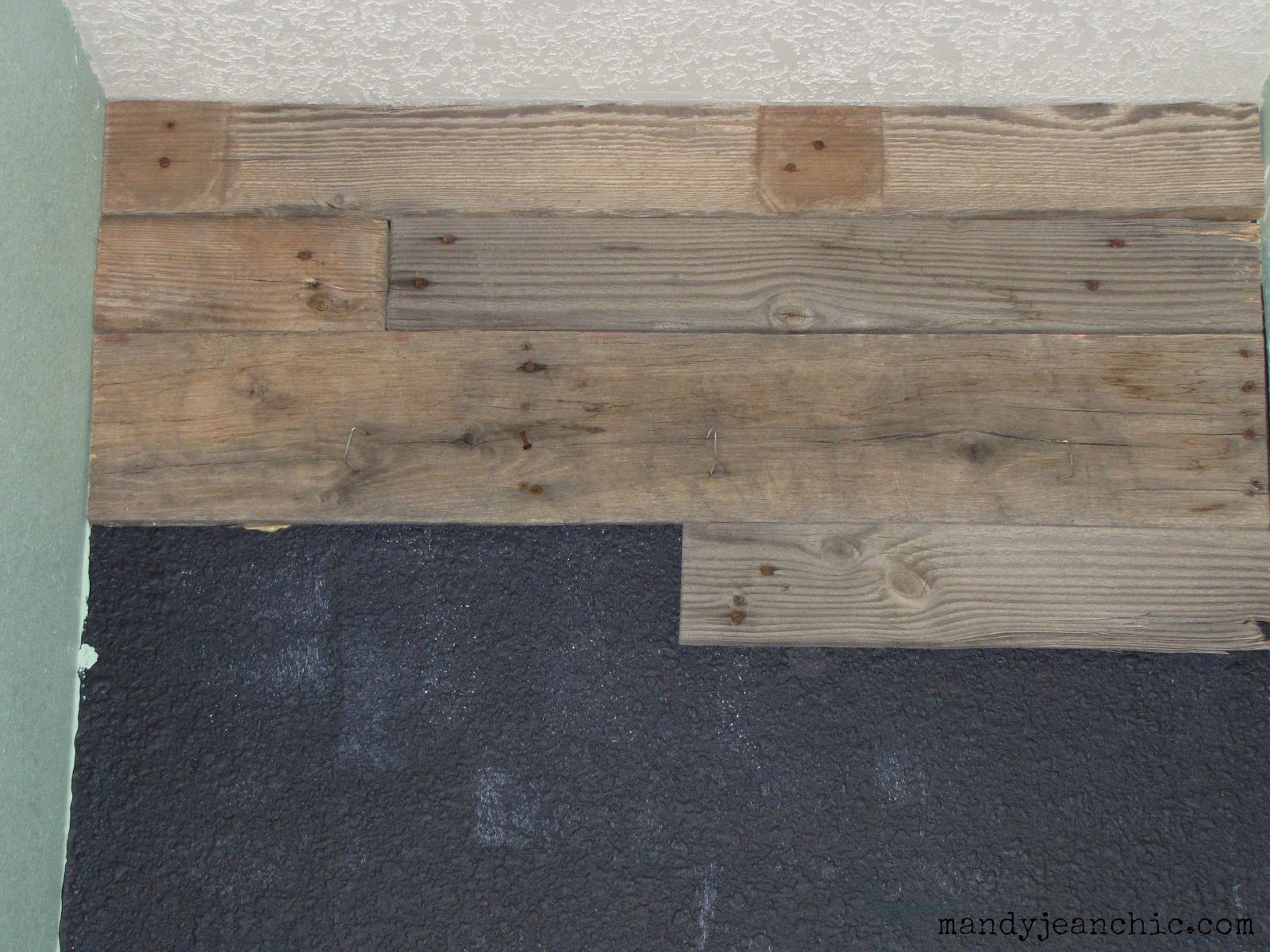Pallet Wall Bathroom Mandy Jean Chic Diy Pallet Wall For The Free Toilet Room Makeover
