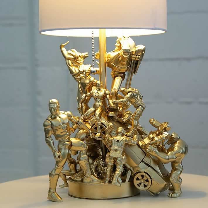 Jessy Ratfink created a fantastic DIY upcycle design Lamp made out of a bunch of old action figures. #LampUpcycle