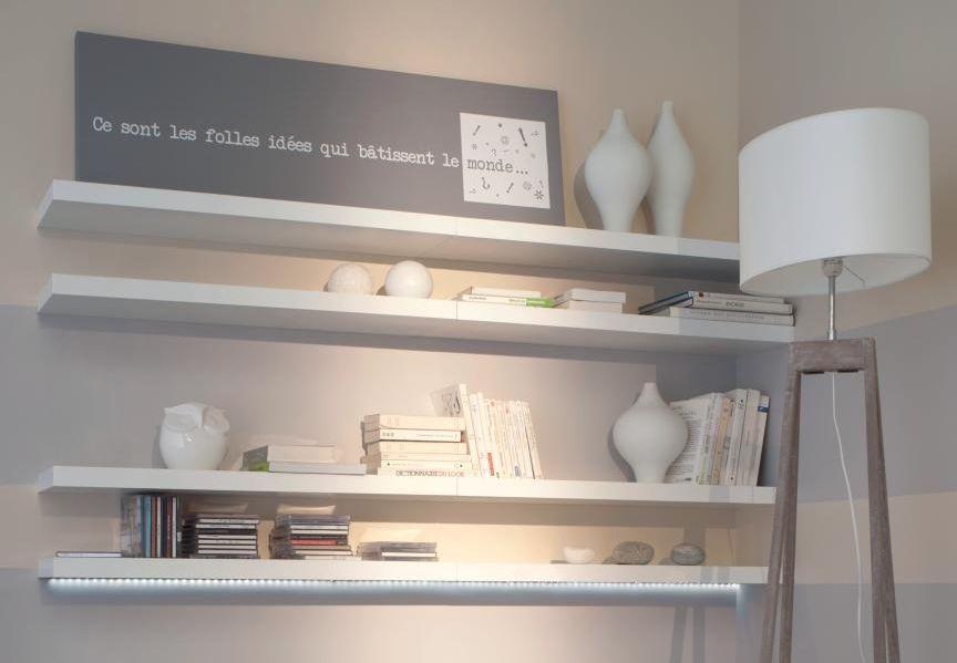 Fixer une étagère au mur Ph, Salons and Shelves