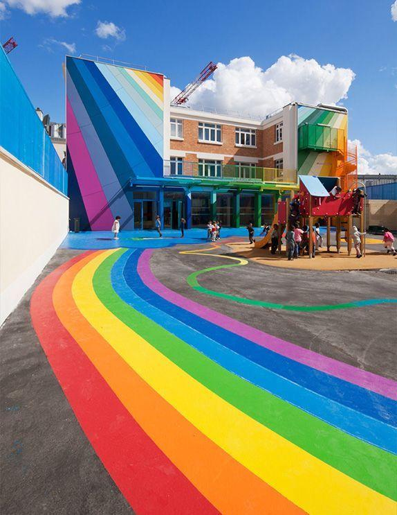 #Beautiful place#Must go to!!!# L'école maternelle et primaire Pajol située dans le 18ème arrondissement de Paris.