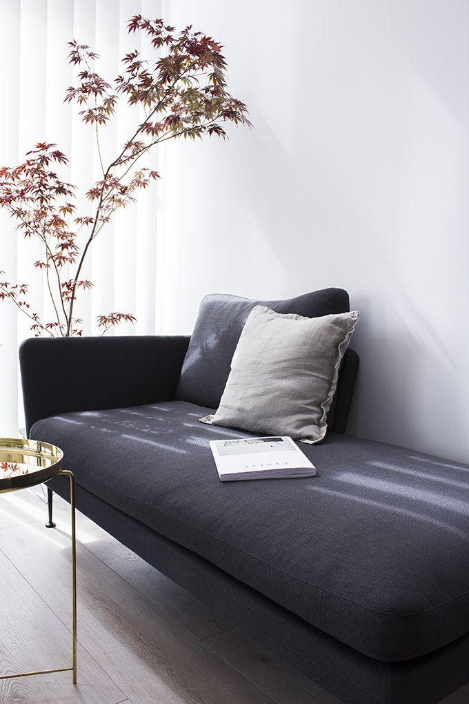 Reading nook, citterio sofa, e15 brass table, house Finnish housing fair, Potius Isokivi | Coffee Table Diary blog