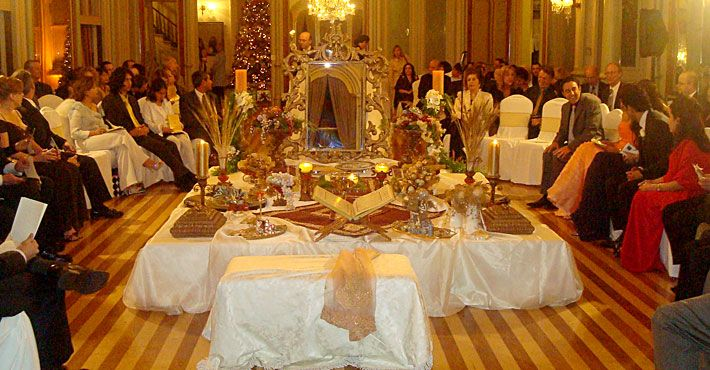 Table for sofreh aghd google search sofreh aghd for Persian wedding ceremony table