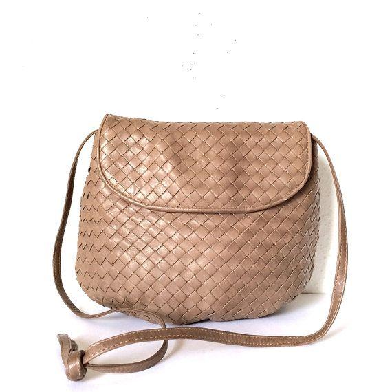 66d5d8b115 Authentic BOTTEGA VENETA Vintage Intrecciato Soft Woven Leather Hobo  Crossbody Bag Purse